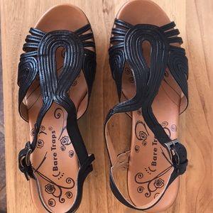 BareTrap Sandals